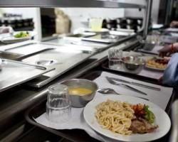 Pais de alunos da Lourinhã queixam-se de problemas nas refeições escolares